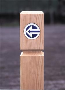 2553-3 Timber Bollard with Directional Arrow (6 x 6)